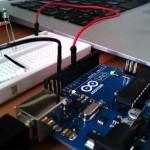 Arduinoでお手軽電子工作:LEDを光らせてみる
