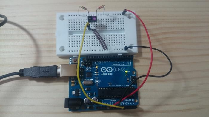 写真2 フォトリフレクタのテスト回路