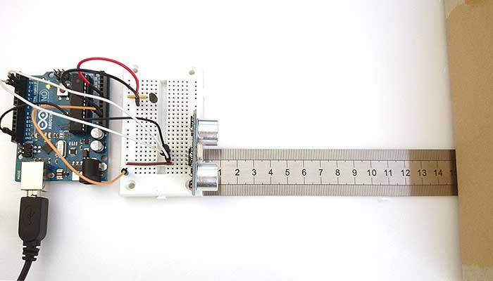 写真5 定規を使って距離を計測