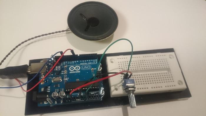 写真7 Arduinoとボリューム可変抵抗回路