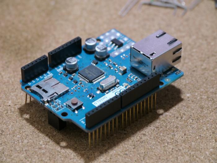 写真3 Arduinoイーサネットシールド