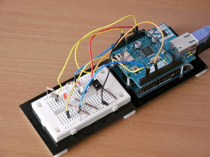 写真2 Arduinoイーサネットシールド