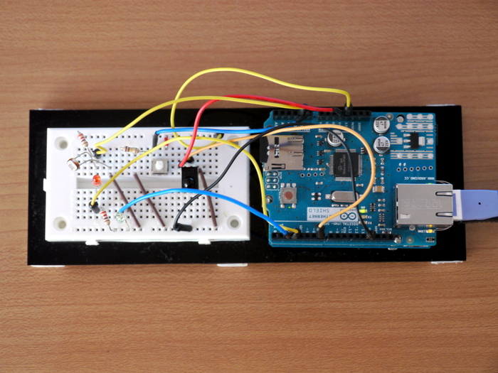 写真4 ウェブサーバーからLEDを光らせるテスト回路