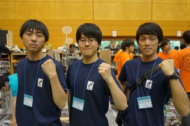 写真左より田中大輔さん、吉村達也さん、松永雅人さん