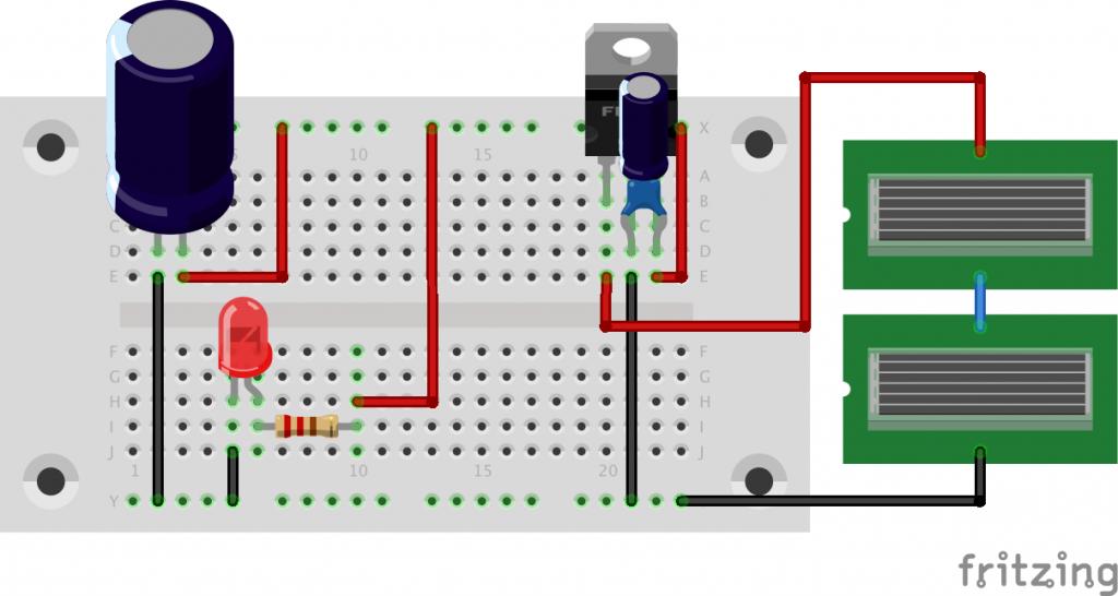 図1 ソーラーパネルから電気2重層コンデンサへの充電回路