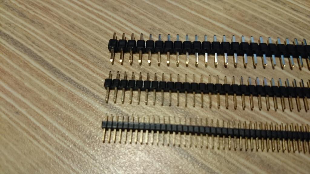 写真4 上から2.54mmピッチ、2mmピッチ、1.27mmピッチ