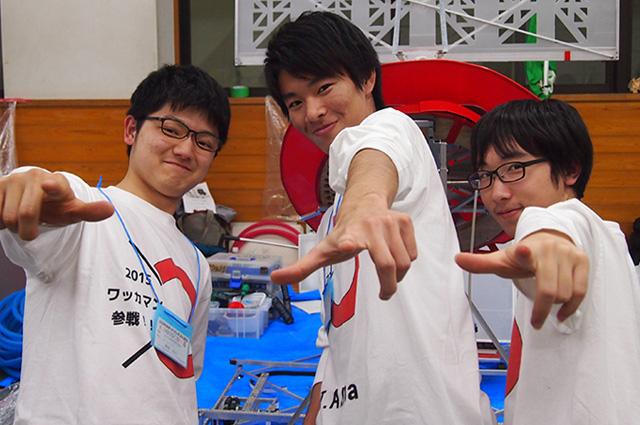 写真左より黒崎泰良さん、秋山卓登さん、髙橋海斗さん