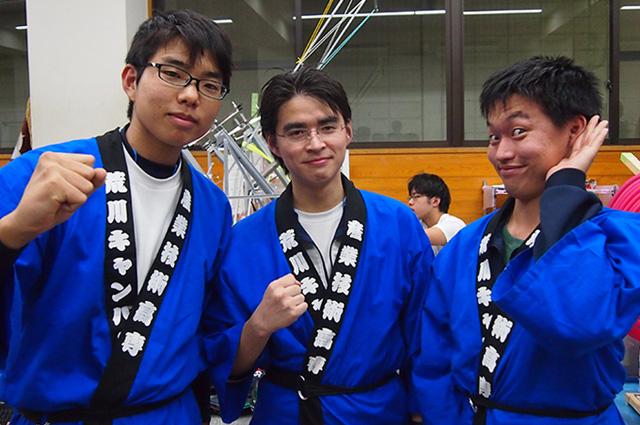 写真左より松島雄二さん、村上将太さん、石本暉晃さん