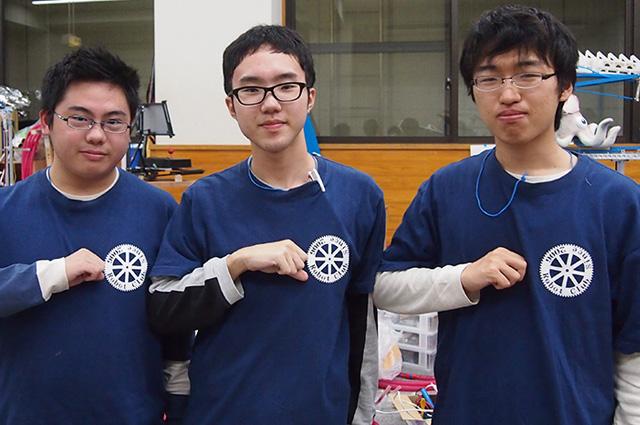 写真左より竹内裕樹さん、林田剛一さん、牧田幸大さん