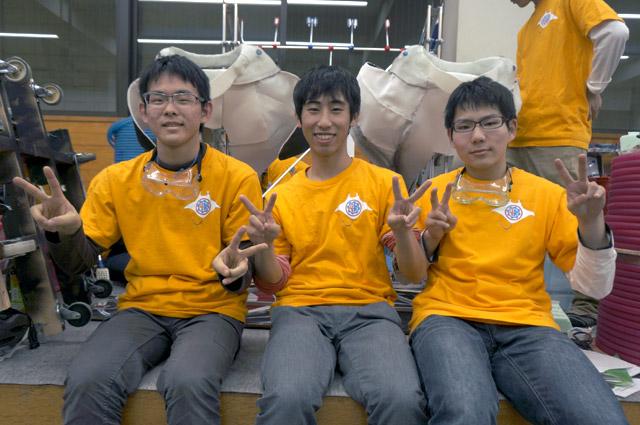 写真左より石井大樹さん、白石大河さん、山﨑隆さん