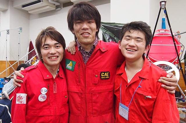 写真左より坂口孝明さん、花守拓樹さん、波野奎友さん