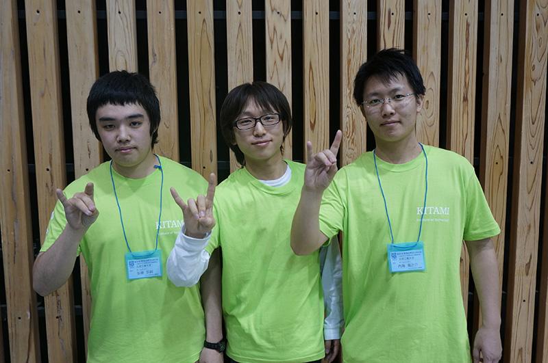 写真左より安藤宗嗣さん、深谷学弘さん、内海竜之介さん