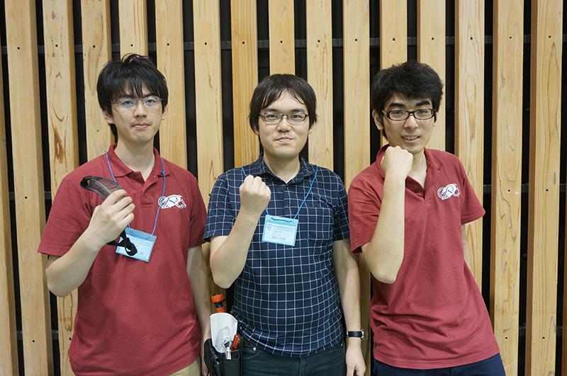 写真左より徳永大二郎さん、満井秀俊さん、千葉佳輝さん