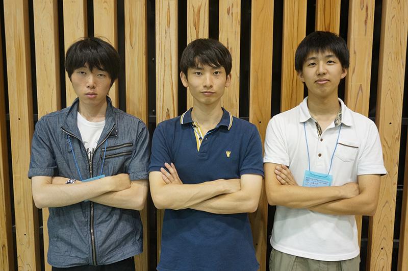 写真左より中村俊哉さん、永添晃一朗さん、引田康太さん
