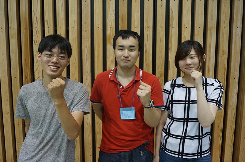 写真左より徳永正宏さん、利光正毅さん、中村南美さん