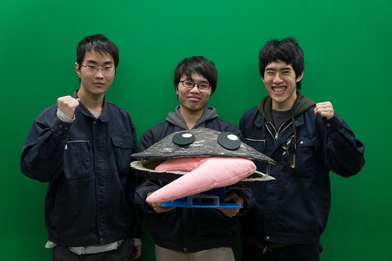 写真左より渡邉開斗さん、川畑利貴さん、菊池翔太さん