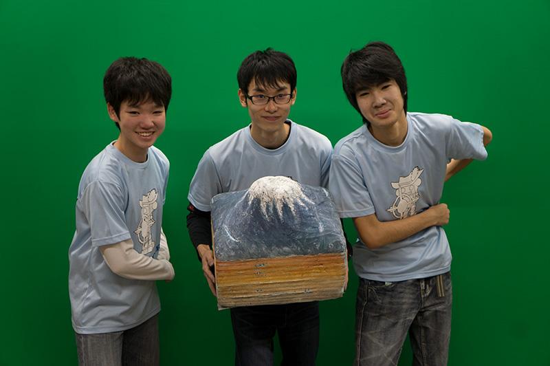 写真左より堀貴仁さん、佐藤克樹さん、泉壮洋さん