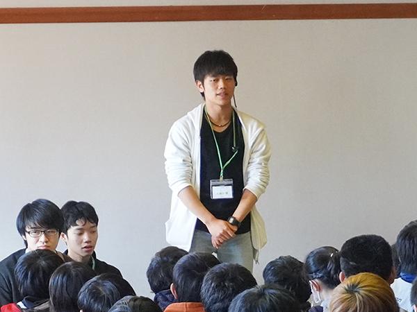 幹事団をはじめ、335名の参加者を率いる久保田代表。忙しい中、話を聞かせてもらってありがとうございました!