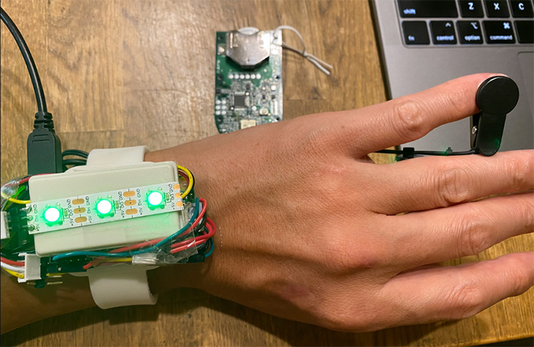 raspberrypi-wearable-healthcare-device-03_17