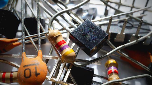 digital-transistor-thumanail