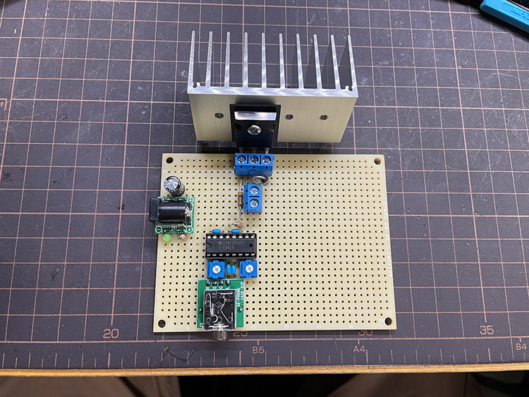 plasma-speaker-with-flyback-transformer-02-02